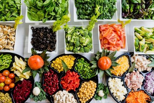 Kako lahko dopolnjujemo prehrano, ki večinsko rastlinskega izvora